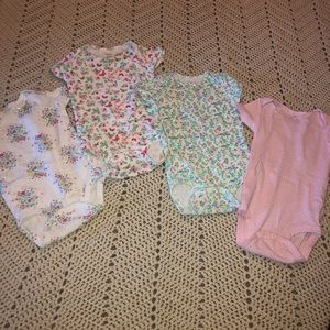 Carters 12 month set of 4